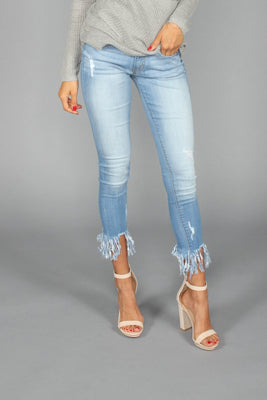 Cropped Frayed Denim Jeans