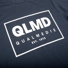 Laden Sie das Bild in den Galerie-Viewer, QLMD T-Shirt dunkelblau
