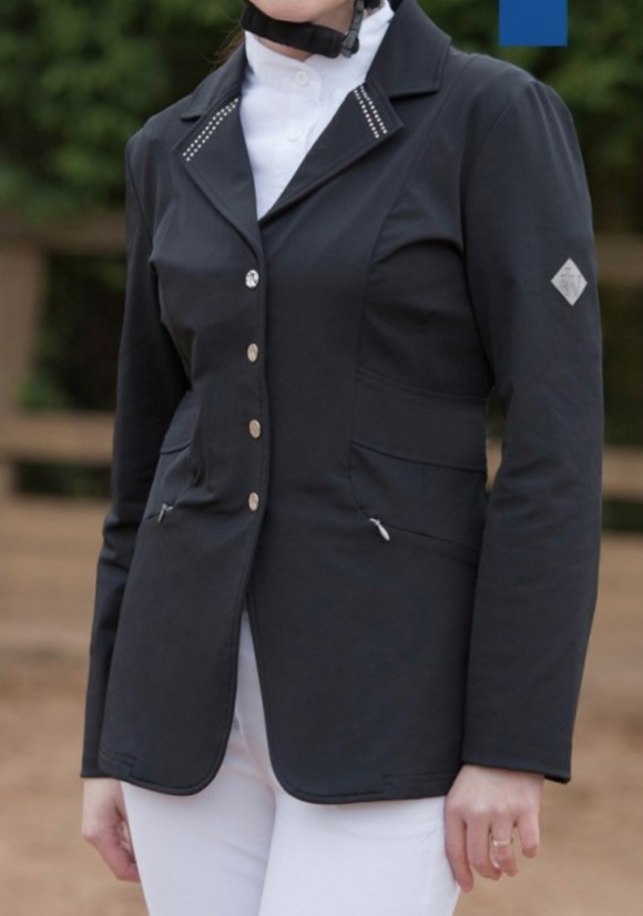 The John whitaker horseback riding show jacket for the stylish equestrian. This is a great competition horseback riding jacket for the fashionable equestrian.