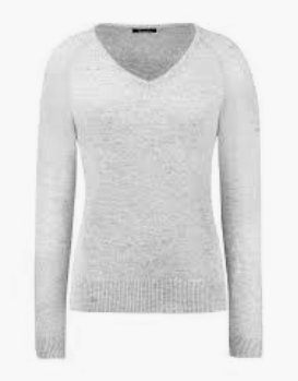 Cavallo international clothing for the styled equestrian. This v-neck sweater for horseback riders is perfect clothing for all equestrians.