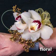 Load image into Gallery viewer, Cymbidium Corsage