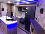 Alpha Wolf - 33BH - 11.35m, 2 private bedrooms, 6 + berth