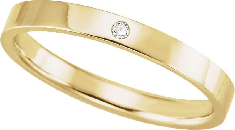 14 Karat Yellow Gold Band with Diamond