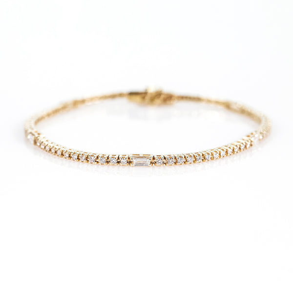 14K Yellow Gold Line Bracelet with Baguette & Round Diamonds