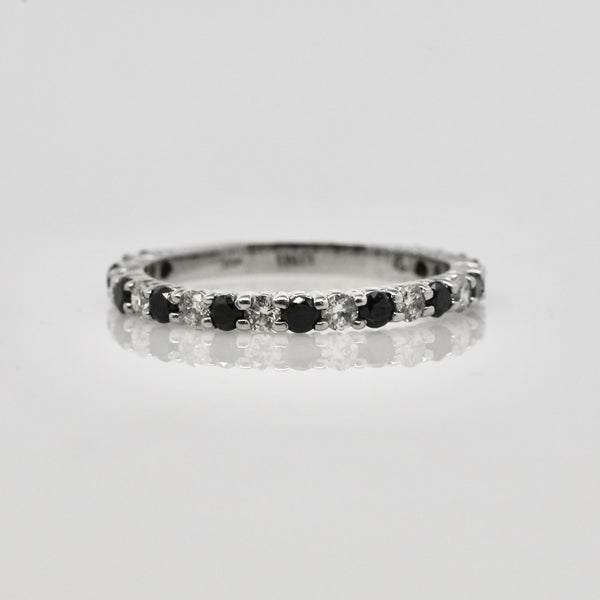 14 Karat Black and White Diamond Band