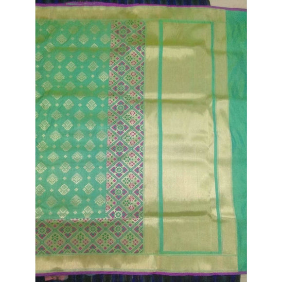 Pure Banarasi Handwoven Katan Silk Saree in green color