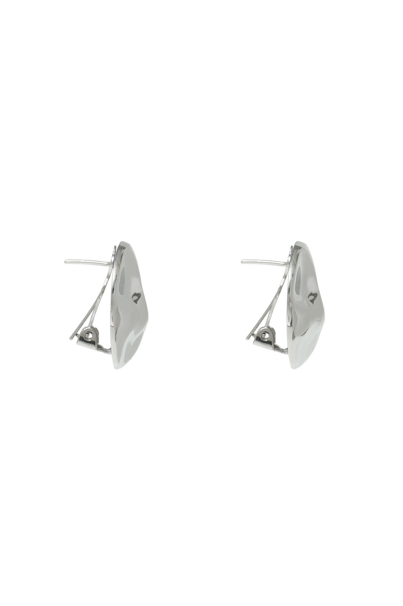SMALL SILVER HAMMERED EARRINGS