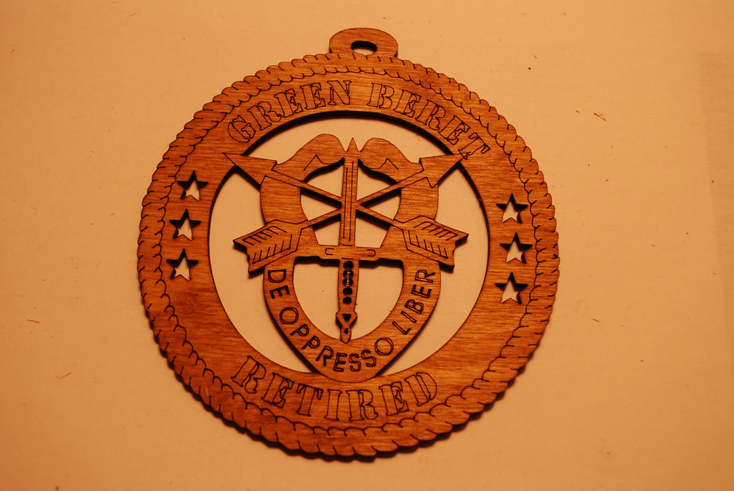 GREEN BERET RETIRED LASER CUT ORNAMENT