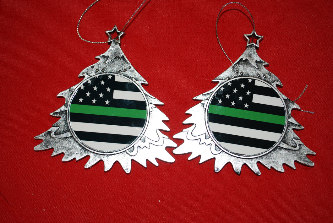 Thin Green line Christmas Tree Shaped Ornament