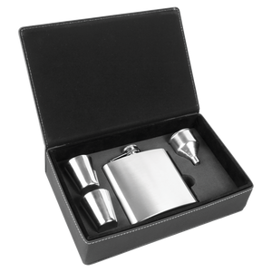 ENGRAVED GIFTS FLASK SET IN BLACK/SILVER