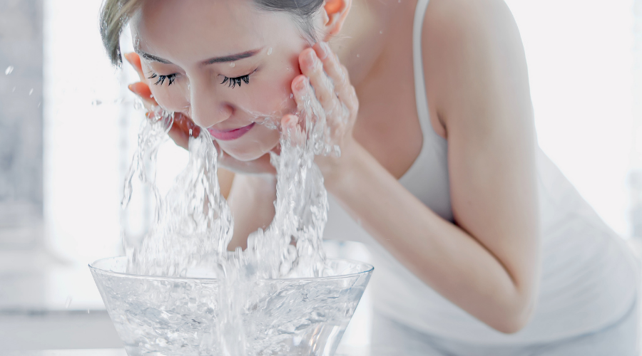Cleansing face twice a day is good for oily skin