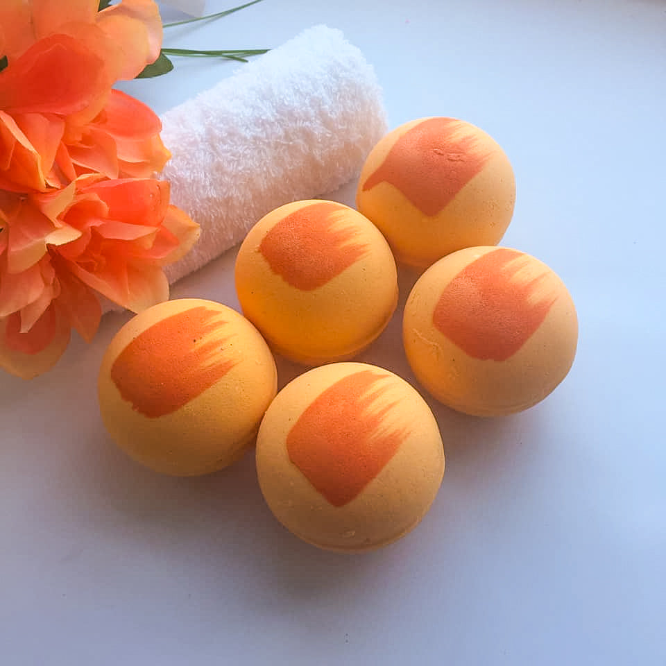 Sweet Orange Essential Oil Bath Bomb - Snowdonia Soaps