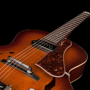 Godin 5th Avenue Kingpin P90 in Cognac Burst 031986