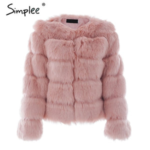 LUXE-- Fuffy faux fur coat