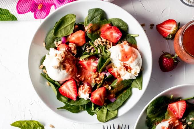CBD VINAIGRETTE WITH STRAWBERRY BURRATA SALAD