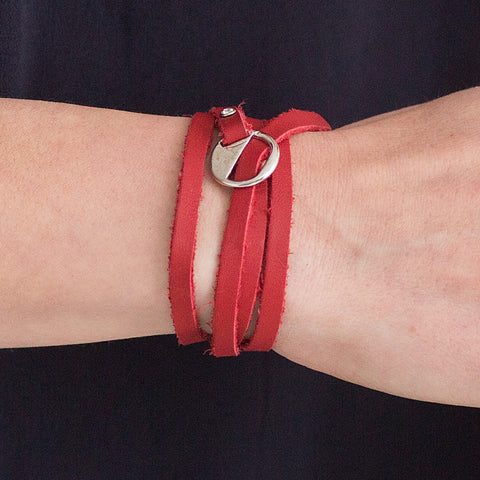 CLASSIC Bwrap Bracelet in VERY CHERRY