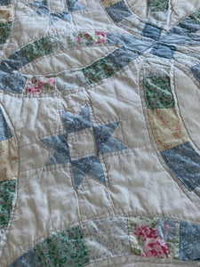 Handmade Vintage Queen Size Wedding Ring Quilt & Pillowcases