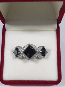 14ct White Gold Black Diamond Ring