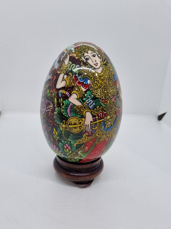 Egg Shaped Statue with oriental scene
