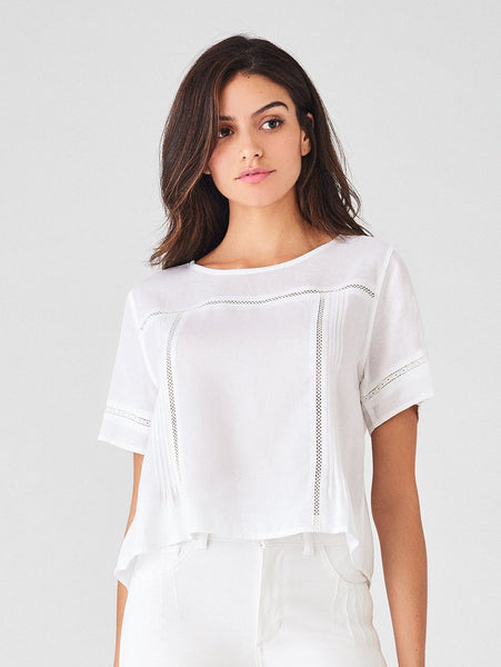 white tencel and linen sustainable top