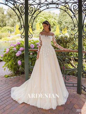 Wedding Dress Model 2022