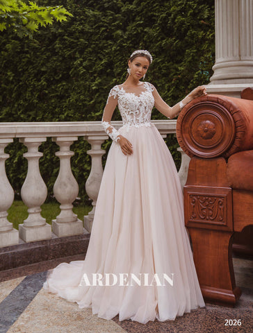 Wedding Dress Model 2026