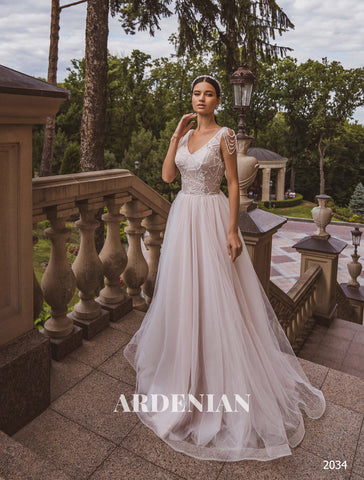 Wedding Dress Model 2034