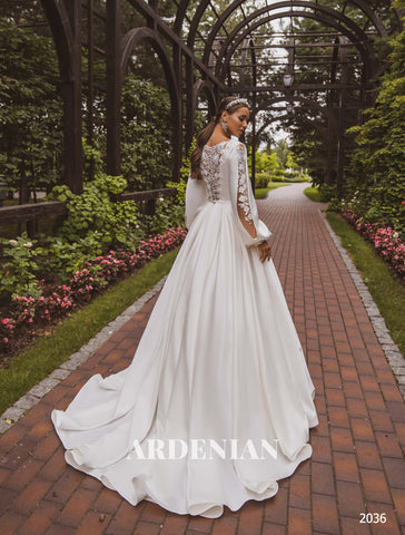 Wedding Dress Model 2036