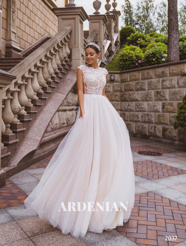 Wedding Dress Model 2037