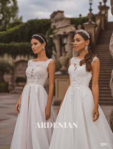 Wedding Dress Model 2041