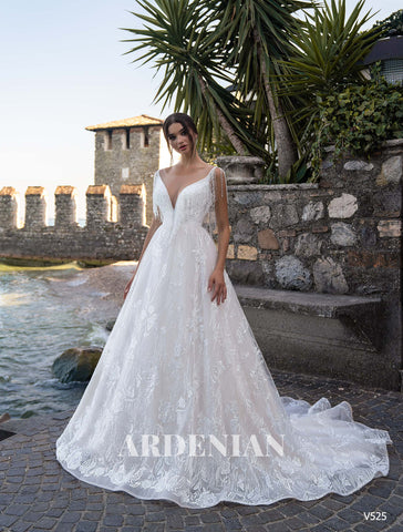 Wedding Dress V525