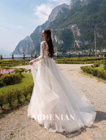 Wedding Dress V530