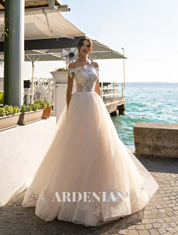 Wedding Dress V532
