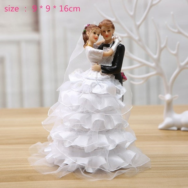 Bride & Groom Figurine Cake Topper