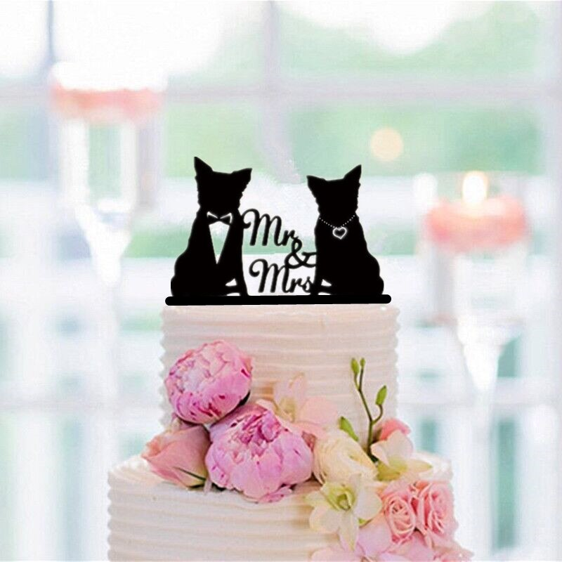 Cute Mr. & Mrs. Cake Topper