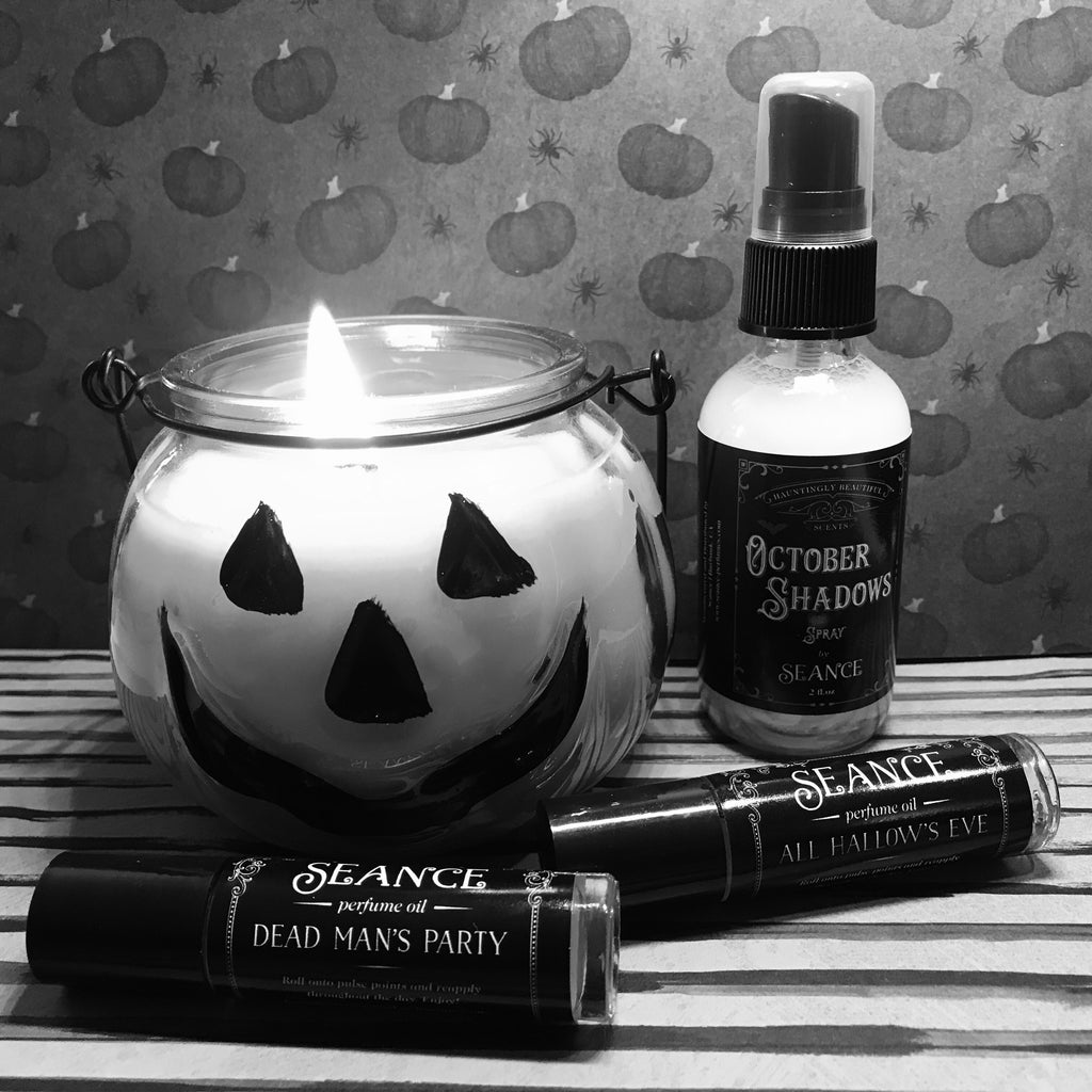 Halloween collection (candle, 2 perfumes, spray)