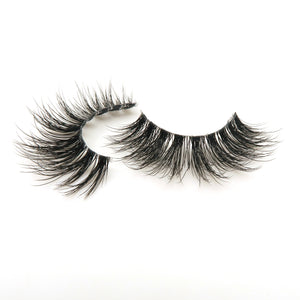 "Iconic ""Faux Mink"" - Bossbabe Lashes"