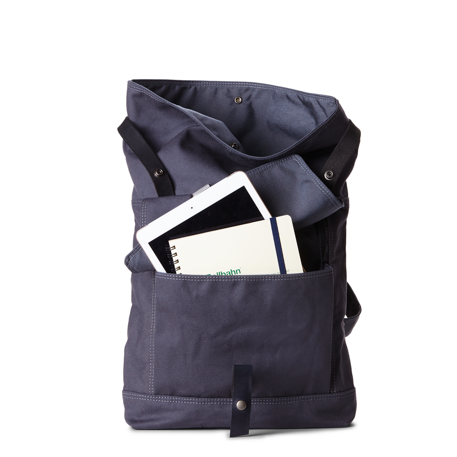 Backpack no.1 in MIDNIGHT