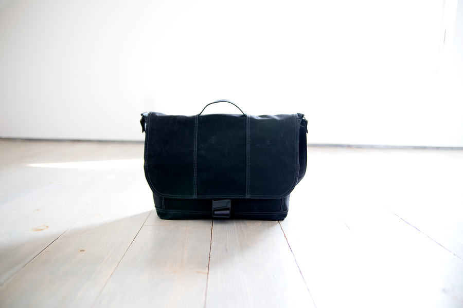 Messenger no.3 - BLACK