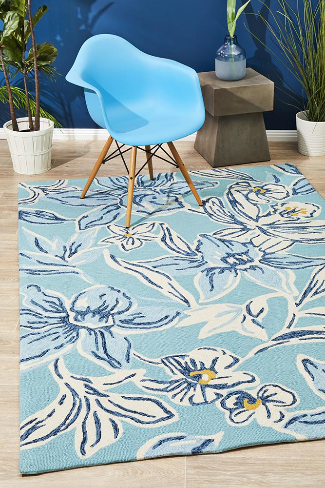 CUBA Whimsical Blue Floral Indoor Outdoor Rug