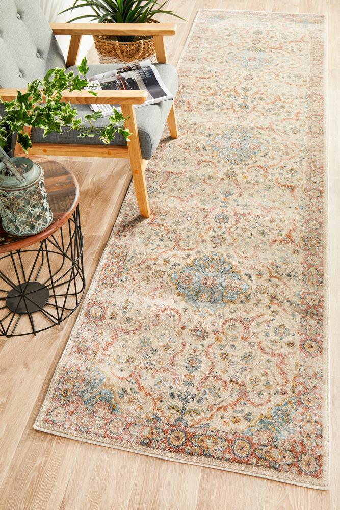 CHARM 861 Papyrus Runner Rug