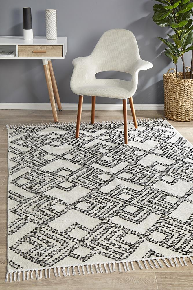 Spirit Owen Diamond Textured Rug Blue