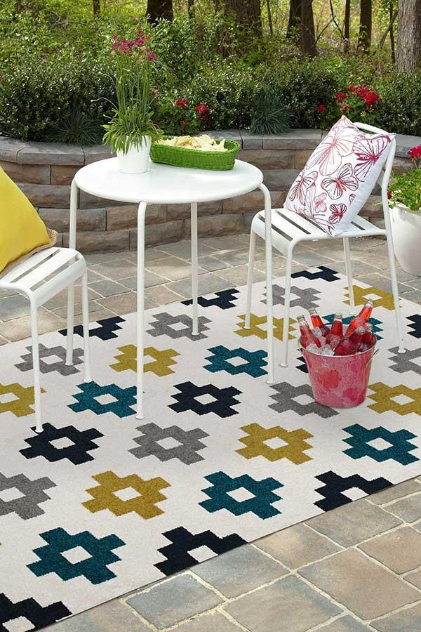 Marquee Indoor Outdoor 309 White Rug