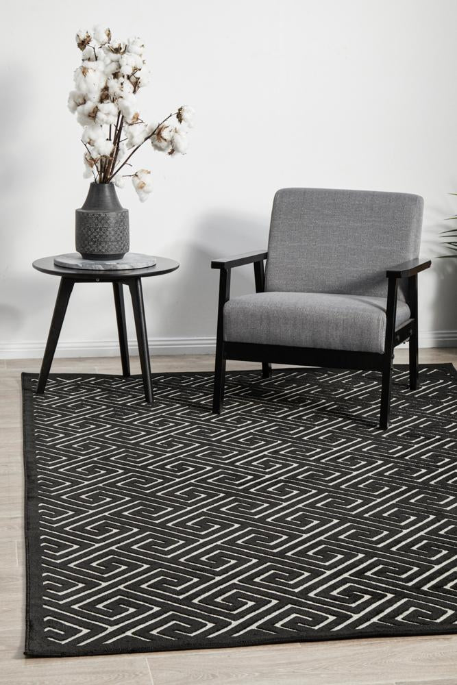 CITY Alice Black & Gold Rug