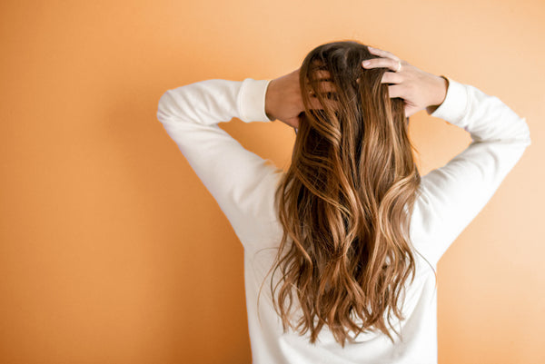 How To Get Naturally Wavy Hair Without Heat