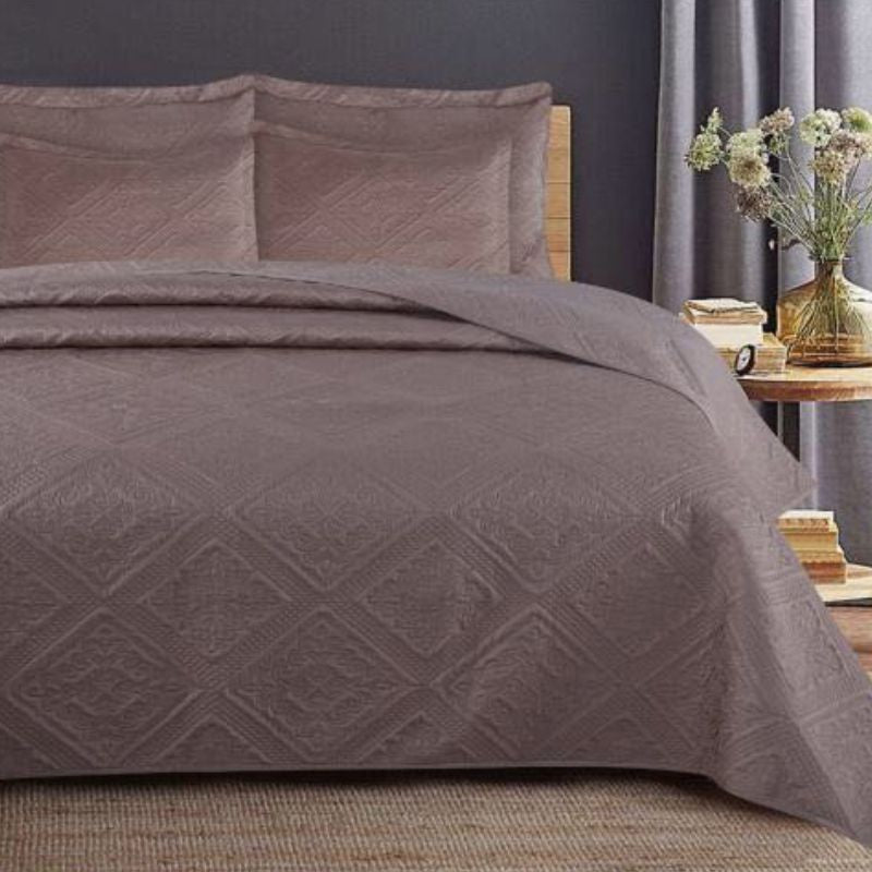5 Piece luxury quilt 275 x 260
