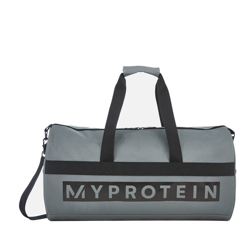 products/MY_PROTEIN_SPORTS_BARREL_BAG_SLATE_GRAY_AT_www.gymsupplementsus.com.jpg
