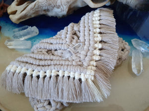 Macramé Clutch w/Quartz