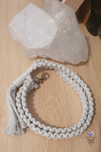 LIGHT LANYARD