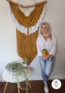 EAGLE EYE MACRAME